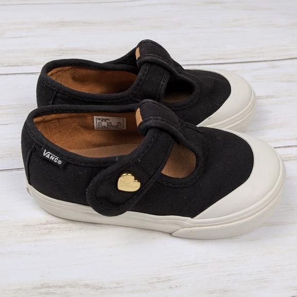 Leena Mary Jane Canvas Sneaker 65